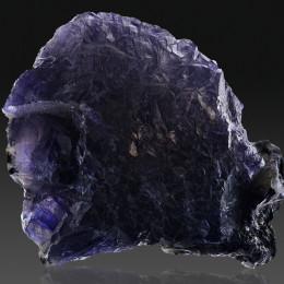Иолит (Кордиерит)