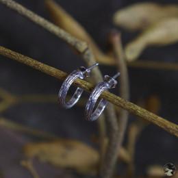 """Небольшие серебряные серьги-полукольца """"Ветви омелы"""" (узкие)"""