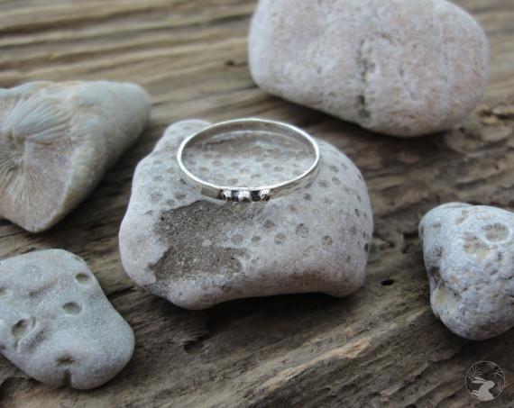 """Серебряное кольцо """"Лунное Троеточие"""""""