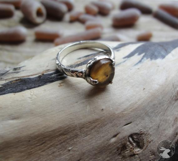 """Кольцо ручной работы из серебра и белемнита """"Белемнитида"""""""